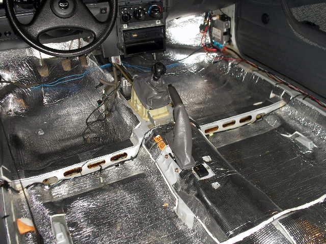 Необходимый объем материалов для шумоизоляции автомобиля